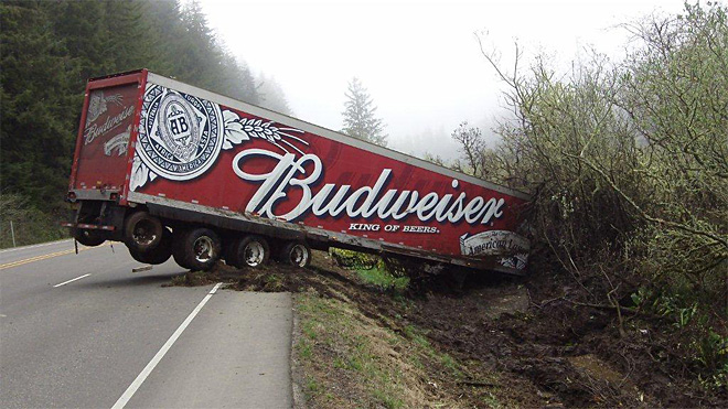 Beer truck gets stuck in ditch on Highway 101