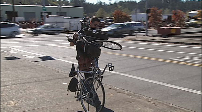 Bicyclist crashes trying to avoid car October 2 in Springfield (1)