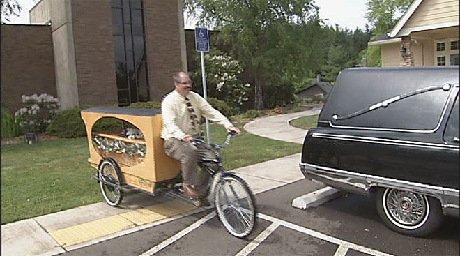 Bike hearse offers last rides (4)