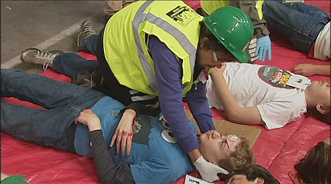 CERT volunteers train with emergency simulations