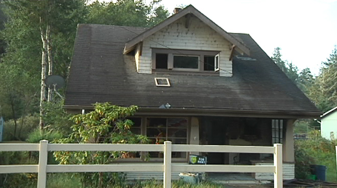 Coos Bay Fire Dept.: House fire started on front porch