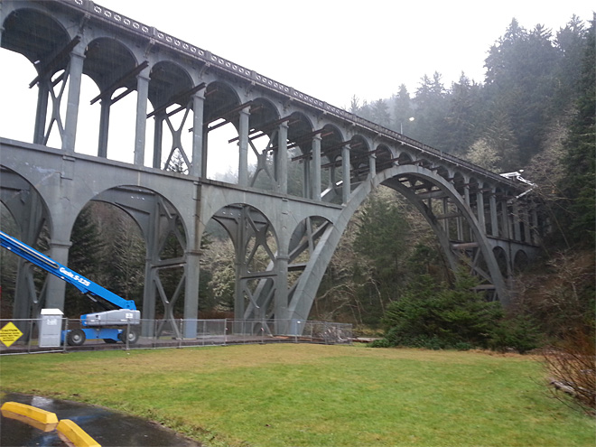 Bridge work on Oregon Coast pairs modern safety, historic look