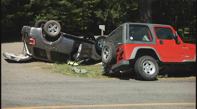 Car and Jeep collide on Fox Hollow on May 6 2013 (5)