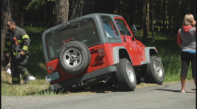 Car and Jeep collide on Fox Hollow on May 6 2013