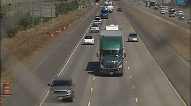 Changes could help improve trucking industry (4)