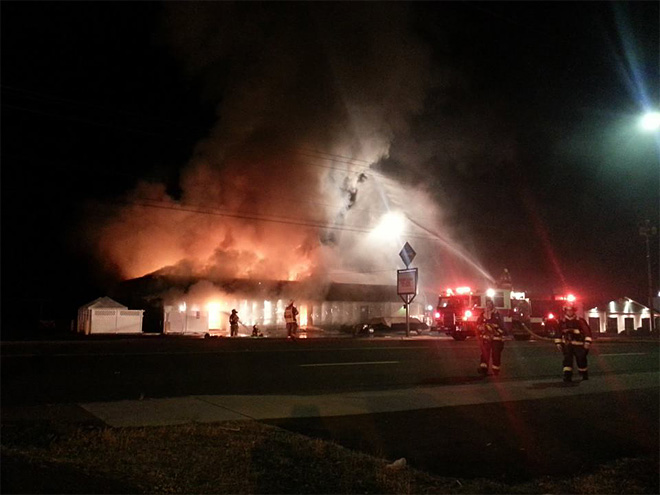 Fire destroys Roseburg nightclub