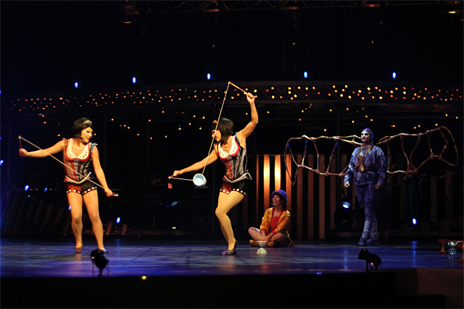 Cirque du Soleil Quidam at Matthew Knight Arena in Eugene (52)