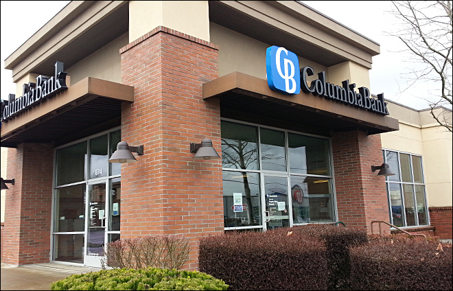 Columbia Bank on Seneca in Eugene