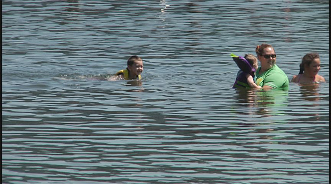 Cooling off is hot at Dorena Reservoir (7)