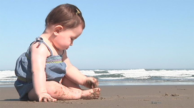 Oregon moves to ban smoking on beaches