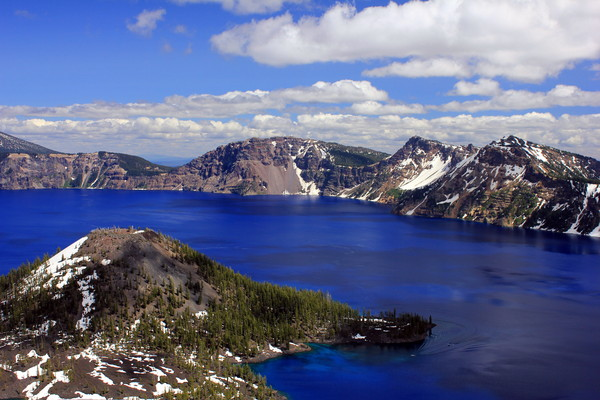 Crater Lake closed to scuba divers