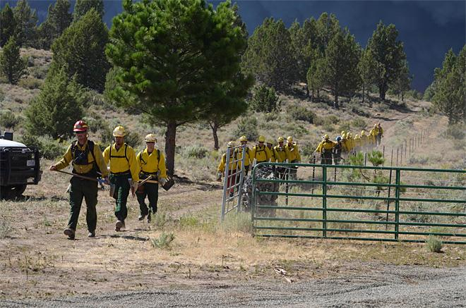 Crews headed to the Firelines of the Barry Point Complex