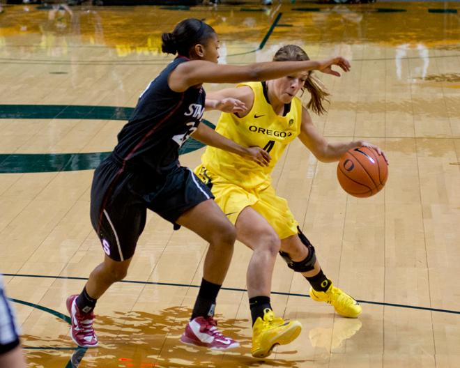 UO Women's Basketball vs. Stanford Cardinals - Dan Morrison Oregon News Lab