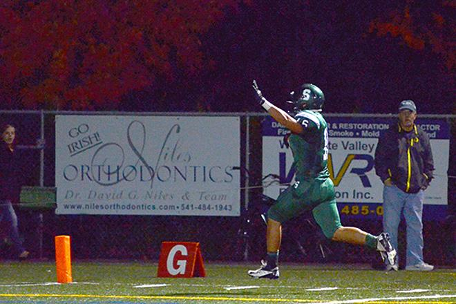 Sheldon Irish beat Grants Pass Cavemen 62-7 (Photo by Dan Morrison, Oregon News Lab)