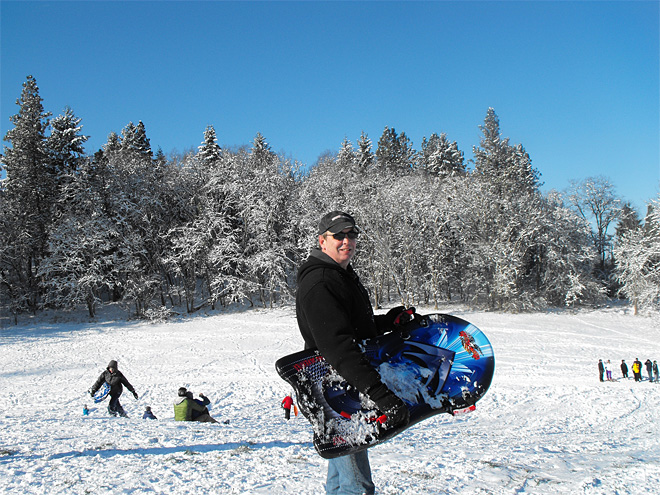 DadSledding