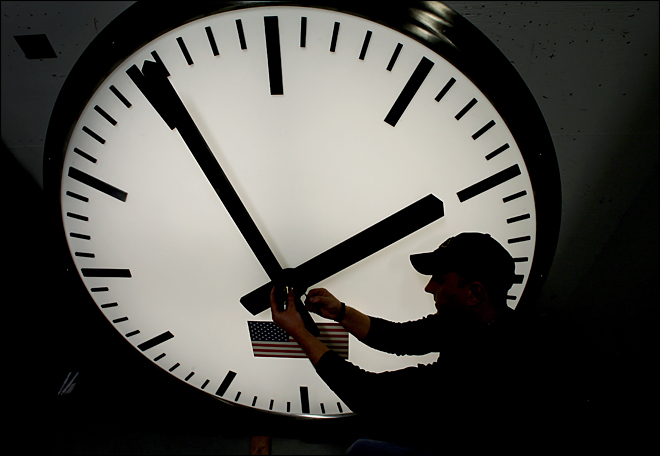 Daylight saving time: Set clocks ahead 1 hour