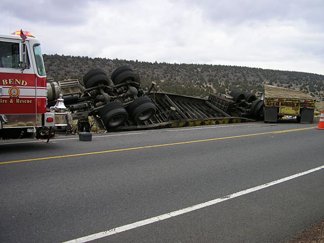 Deadly semi truck crash blocks Hwy 20 near Bend - 02
