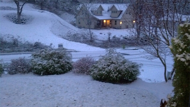 Debbie King photo of Roseburg snow (2)
