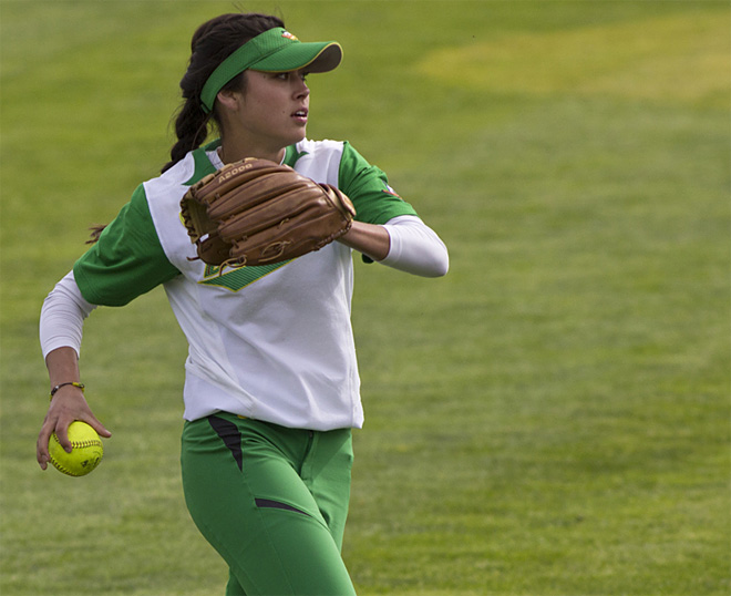 Ducks Softball sweeps Washington Huskies - 45 - Oregon News Lab Photo