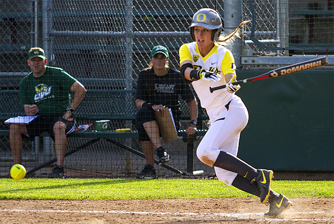 Ducks Softball sweeps Utah Valley in doubleheader
