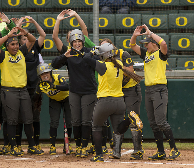 Ducks take down UCSB in two game series