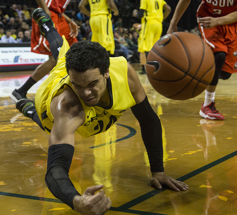 Ducks shake off shooting slump, beat Cal State Northridge, 79-56