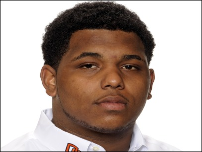 Oregon State DT Fred Thompson collapses and dies