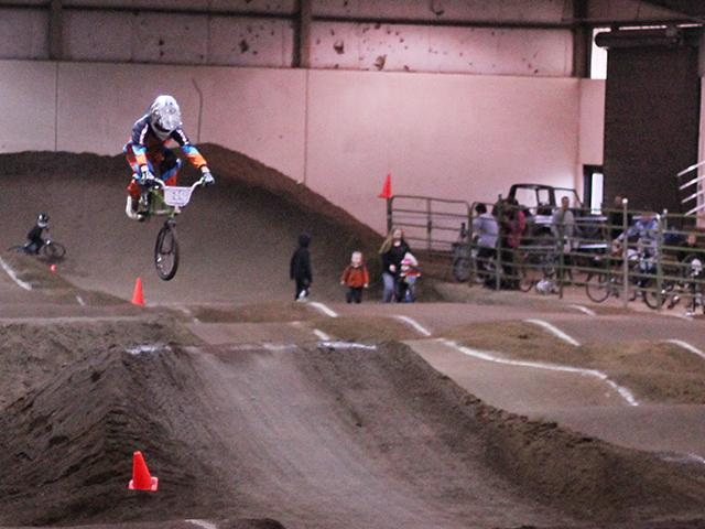 Emerald Valley BMX indoor racing (11)