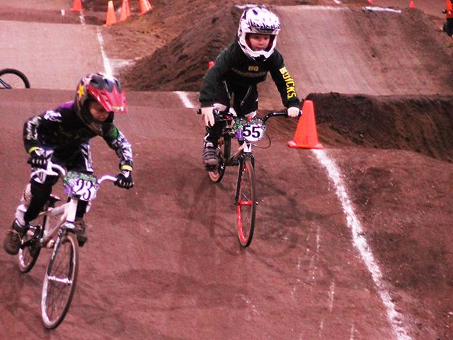 Emerald Valley BMX indoor racing (12)