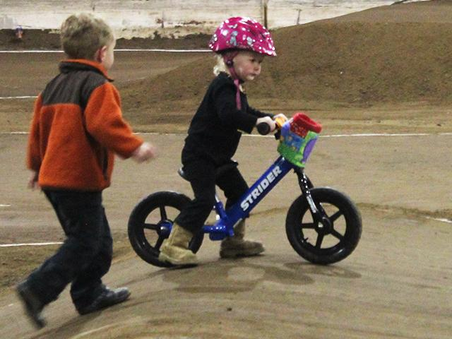 Emerald Valley BMX indoor racing (15)