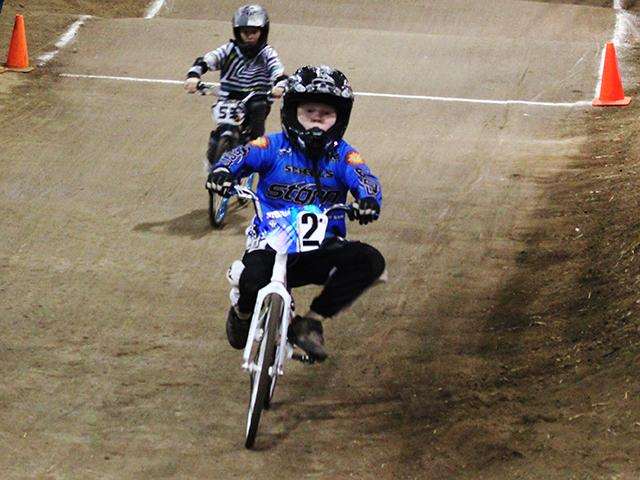 Emerald Valley BMX indoor racing (17)