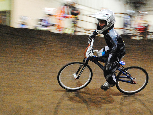 Emerald Valley BMX indoor racing (4)