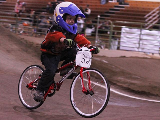 Emerald Valley BMX indoor racing (8)