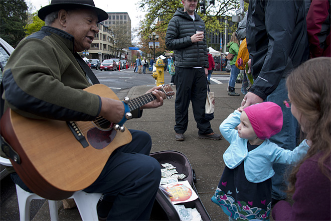 Eugene Saturday Market opens for a 45th season - Photo by Tristan Fortsch