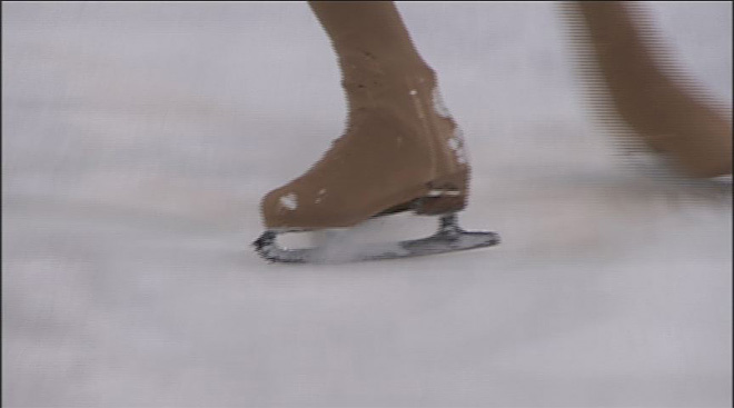 Ice skaters put on holiday showcase Saturday