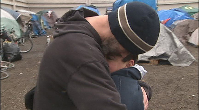 Child battling cancer feeds homeless: 'It's what makes me feel good'