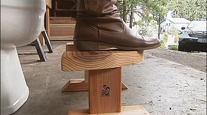 Eugene couple handcraft StoolSteps