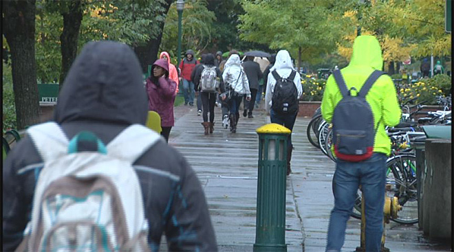 Welcome to Oregon, freshmen: 'My clothes are just drenched'