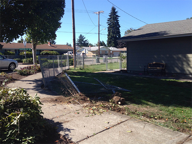 80 mph car chase lasts 1 minute, wrecks fence and yard