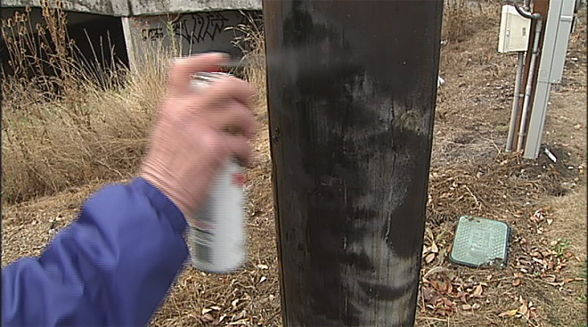 Fighting spraypaint with spraypaint