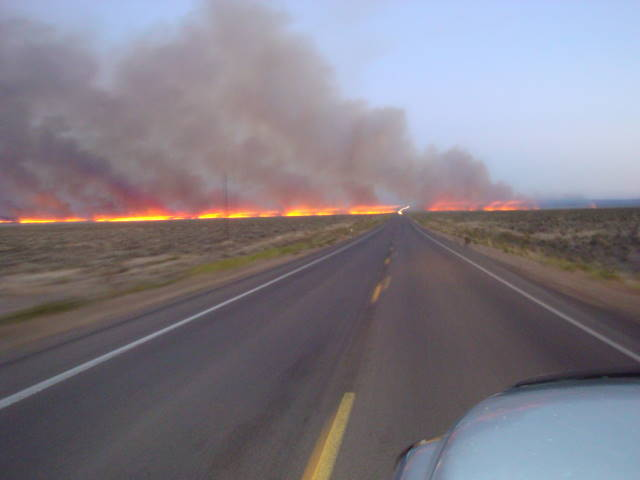 Fire in SE Oregon disrupts Highway 95 traffic July 10 (1)