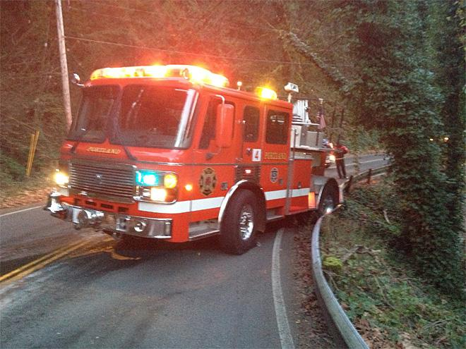 Fire truck slides on ice, crashes into guardrail near OHSU