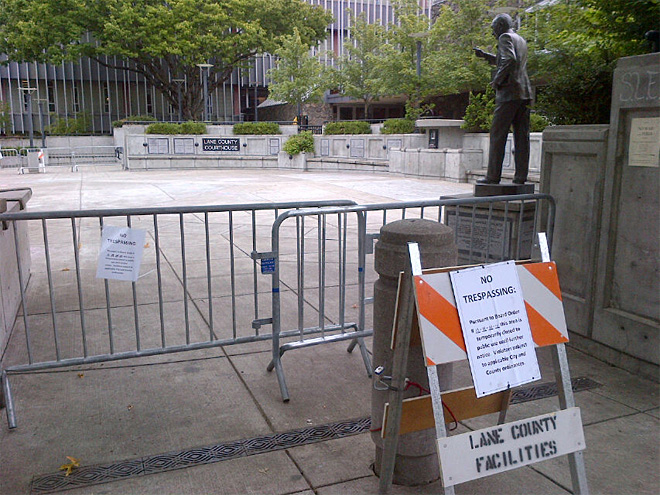 Free Speech Plaza closed to public (1)
