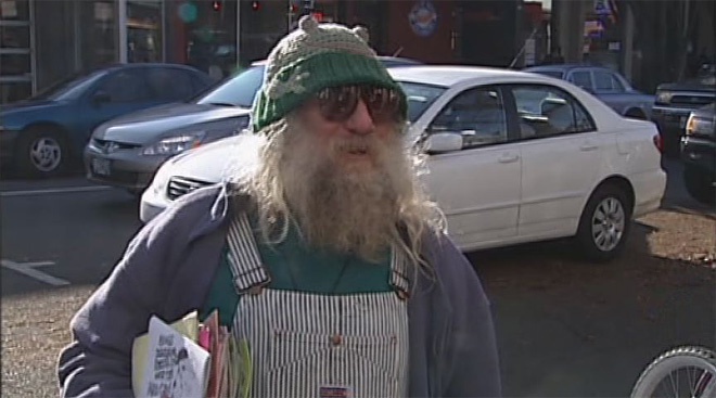 Video: People on 13th Avenue say, 'Get well soon, Frog'