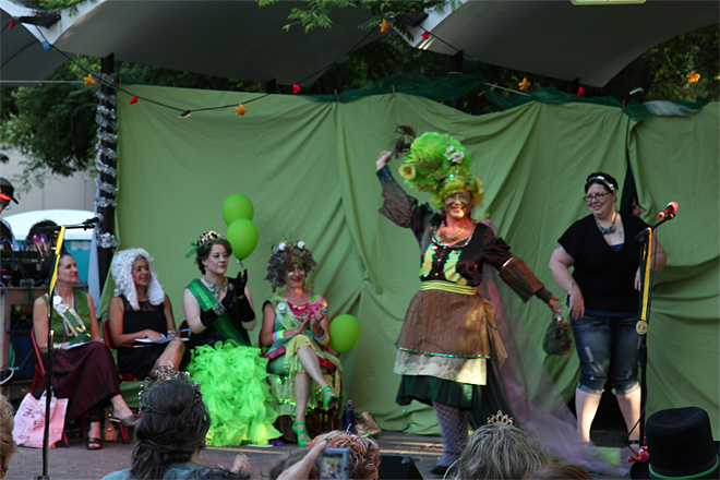 Gastropod Pageantry - Crowning Eugene's Slug Queen
