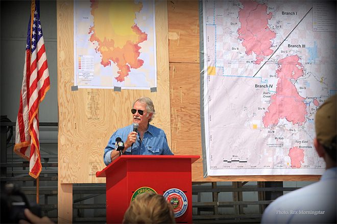 Kitzhaber: 2013 is worst fire season in a decade