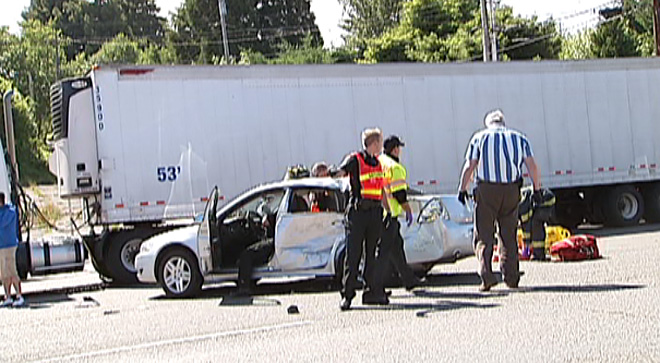 HWY 101 ACCIDENT 0404