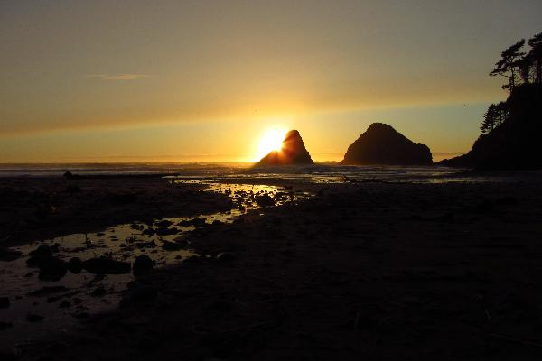 Heceta Head state Park hosts some beautiful sunsets like this one submitted by YouNews photographer themom51