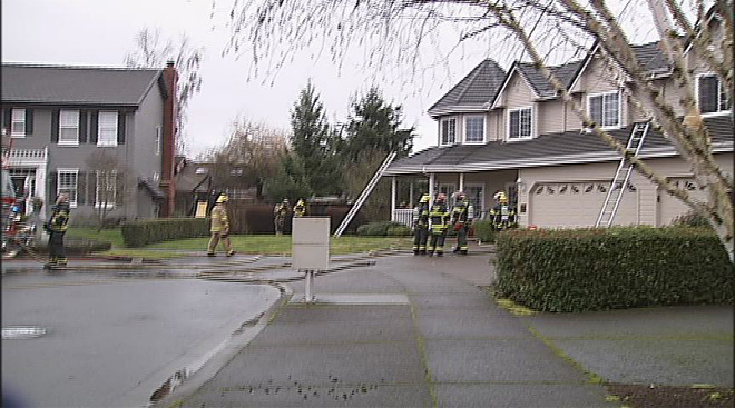 House fire in Eugene January 28 2013 (4)