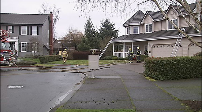 House fire in Eugene January 28 2013 (5)